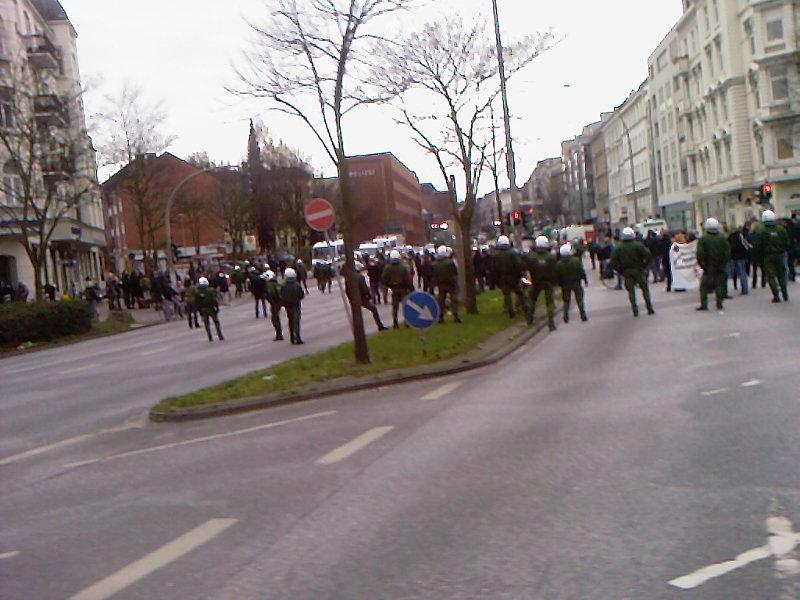 Polizei und ein bisschen Demo